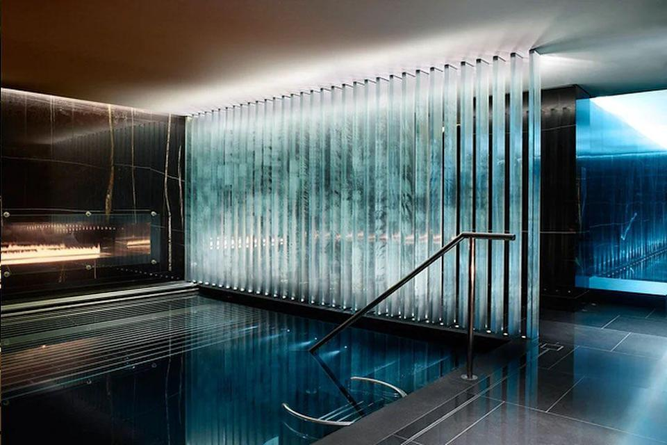 """<p><strong>Current deal: Spa day from £325</strong></p><p><strong>Open now</strong></p><p>As beautiful as it is relaxing, <a href=""""https://go.redirectingat.com?id=127X1599956&url=https%3A%2F%2Fwww.treatwell.co.uk%2Fplace%2Fespa-life-at-corinthia%2F&sref=https%3A%2F%2Fwww.womenshealthmag.com%2Fuk%2Ffitness%2Ffitness-holidays%2Fg31282174%2Fbest-spas-in-uk%2F"""" rel=""""nofollow noopener"""" target=""""_blank"""" data-ylk=""""slk:ESPA Life at Corinthia"""" class=""""link rapid-noclick-resp"""">ESPA Life at Corinthia</a> is one of the best hotel spas in London and offers a holistic approach to wellbeing. The sleek and sexy space is dedicated to bringing you a world of experts who provide spa, complementary alternative therapies, beauty treatments and a Daniel Galvin hair salon. </p><p>During an escape here, you can either spend a day getting fit with personal training and fitness sessions followed by a massage, or make it a day of indulgence with massages, Champagne and afternoon tea. </p><p><a class=""""link rapid-noclick-resp"""" href=""""https://go.redirectingat.com?id=127X1599956&url=https%3A%2F%2Fwww.treatwell.co.uk%2Fplace%2Fespa-life-at-corinthia%2F&sref=https%3A%2F%2Fwww.womenshealthmag.com%2Fuk%2Ffitness%2Ffitness-holidays%2Fg31282174%2Fbest-spas-in-uk%2F"""" rel=""""nofollow noopener"""" target=""""_blank"""" data-ylk=""""slk:FIND OUT MORE"""">FIND OUT MORE</a></p>"""