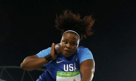 2016 Rio Olympics - Athletics - Final - Women's Shot Put Final - Olympic Stadium - Rio de Janeiro, Brazil - 12/08/2016.  Michelle Carter (USA) of USA competes on her way to the gold medal in the women's shot put. REUTERS/Kai Pfaffenbach