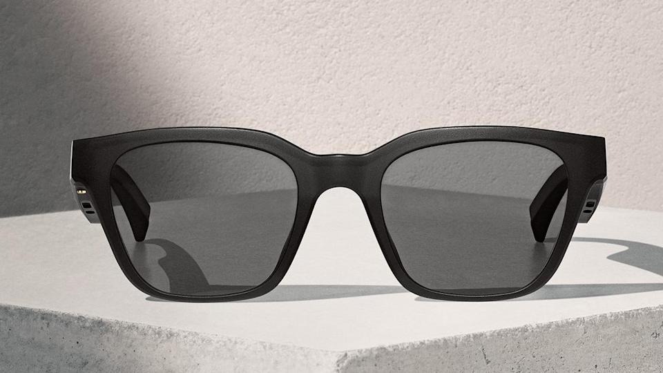 """Bose Frames """"Alto"""" Sunglasses with built-in Speakers are on sale for just $200. (Photo: Bose)"""