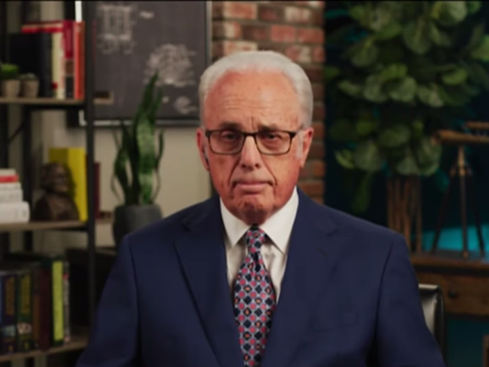 Pastor John MacArthur talking to CBN News in August 2020: (CBN News)