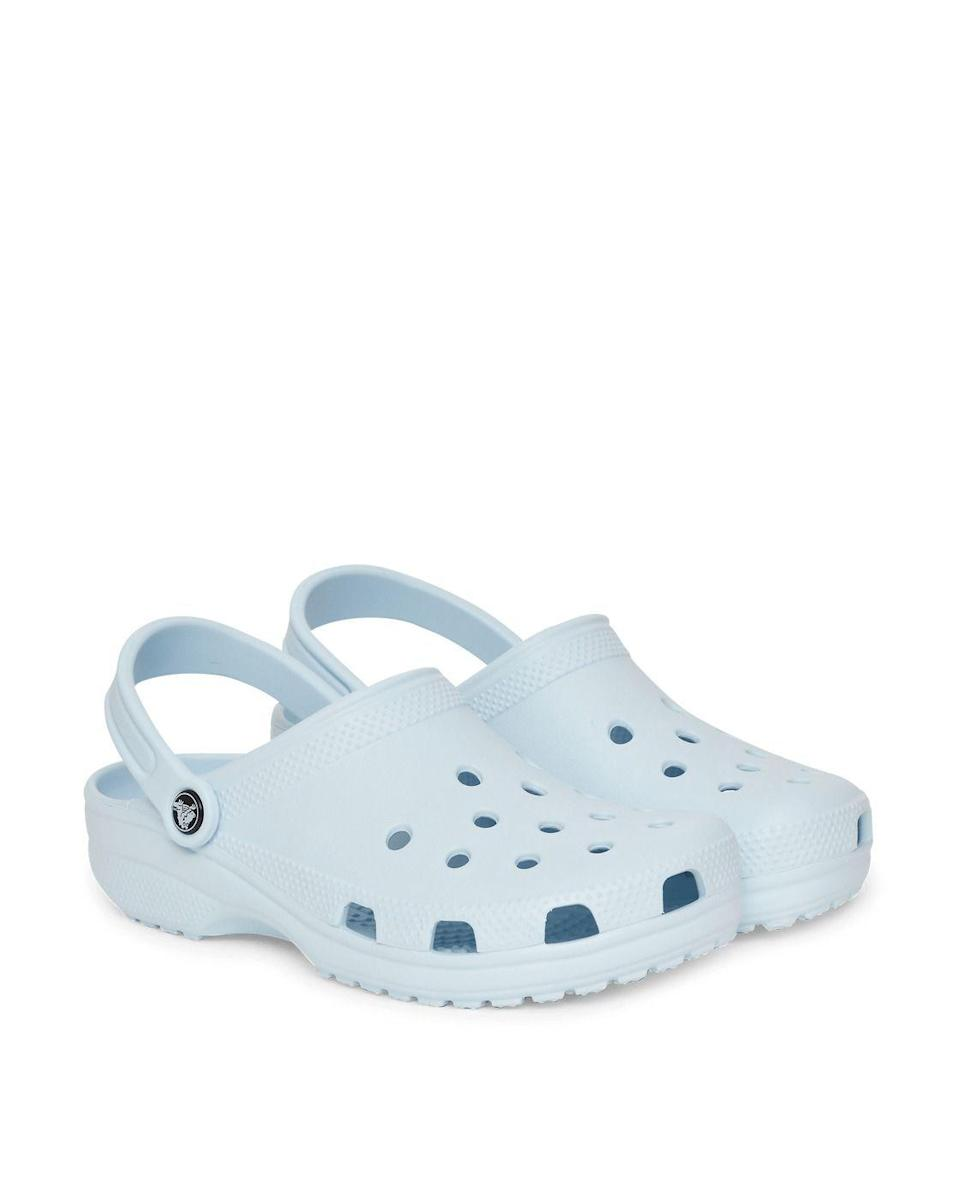 """<p><strong>Crocs</strong></p><p>Crocs</p><p><strong>$49.99</strong></p><p><a href=""""https://go.redirectingat.com?id=74968X1596630&url=https%3A%2F%2Fwww.crocs.com%2Fp%2Fclassic-clog%2F10001.html%3Fcgid%3Dwomen-footwear-clogs%26cid%3D4SL%23start%3D2&sref=https%3A%2F%2Fwww.cosmopolitan.com%2Fstyle-beauty%2Ffashion%2Fg8274845%2Fbest-gifts-teenage-girls%2F"""" rel=""""nofollow noopener"""" target=""""_blank"""" data-ylk=""""slk:Shop Now"""" class=""""link rapid-noclick-resp"""">Shop Now</a></p><p>If ya look around, you'll see that Crocs are v popular amongst the ~teens~. With that said, I'm more than positive your young and free giftee will adore a pair of the rubber clogs.</p>"""