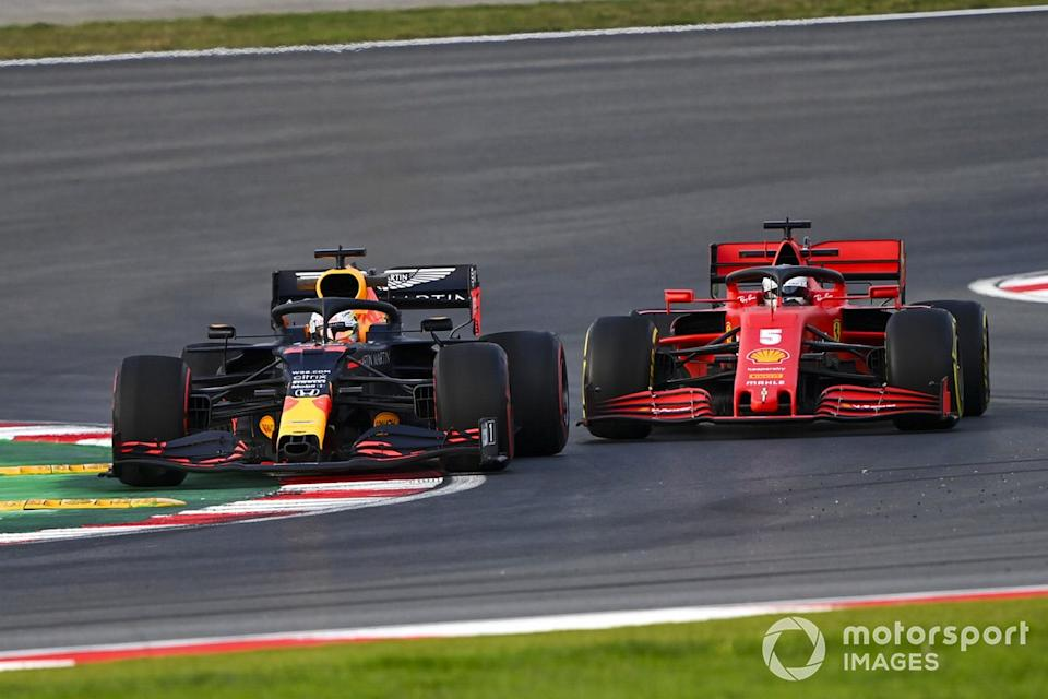"Max Verstappen, Red Bull Racing RB16, Sebastian Vettel, Ferrari SF1000<span class=""copyright"">Mark Sutton / Motorsport Images</span>"