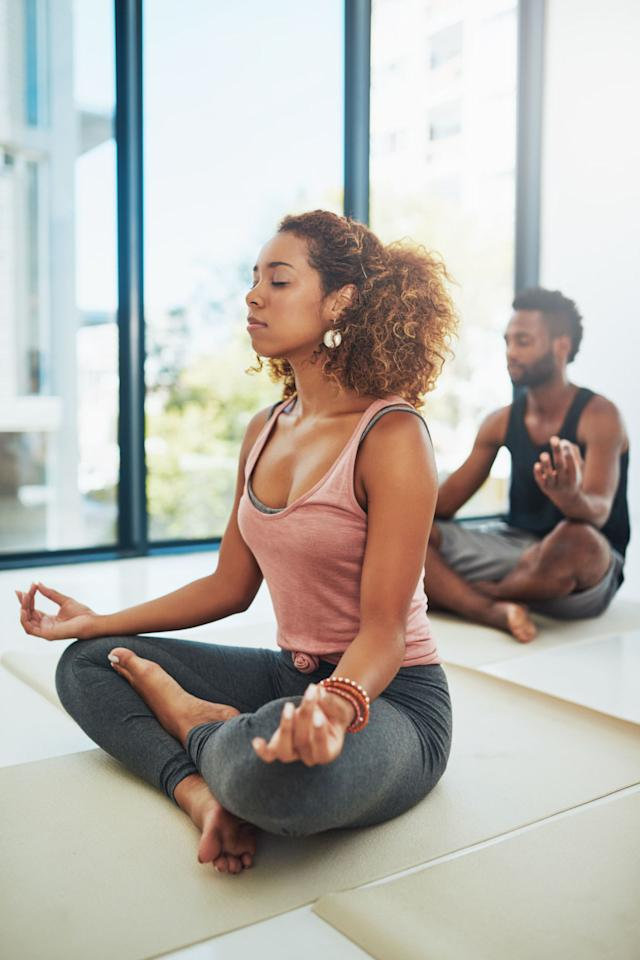 """<p>Practicing yoga helps reduce the impact of asthma, according to a <a rel=""""nofollow"""" href=""""https://www.ncbi.nlm.nih.gov/pubmed/27557146"""">2016 report</a>. Investigators analyzed 15 trials of adults suffering from mild to moderate asthma, and found that the discipline helped in 1/3 of study participants. <br><strong></strong></p>"""