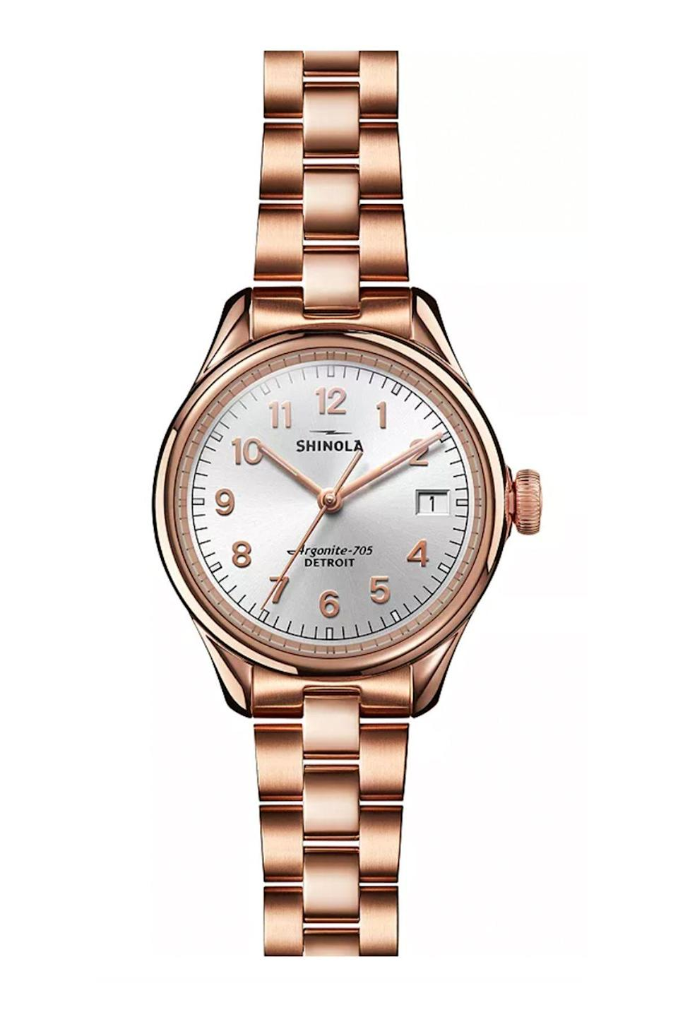 """<p><strong>Shinola</strong></p><p>bloomingdales.com</p><p><strong>$650.00</strong></p><p><a href=""""https://go.redirectingat.com?id=74968X1596630&url=https%3A%2F%2Fwww.bloomingdales.com%2Fshop%2Fproduct%2Fshinola-vinton-watch-32mm%3FID%3D3685959&sref=https%3A%2F%2Fwww.townandcountrymag.com%2Fstyle%2Fjewelry-and-watches%2Fg36186288%2Fbest-rose-gold-watches-women%2F"""" rel=""""nofollow noopener"""" target=""""_blank"""" data-ylk=""""slk:Shop Now"""" class=""""link rapid-noclick-resp"""">Shop Now</a></p><p>Simple and classic, but the rose gold makes it fun.</p>"""