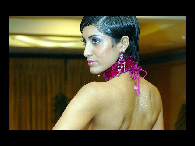 <b>8. Jesse Randhawa</b><br>Rajasthani model and actress, Randhawa was one of the few finalists in the 1994 Femina Miss India pageant – along with Sushmita Sen and Aishwarya Rai. She had appeared in 'Fear Factor – Khatron Ke Khiladi Level 2'.
