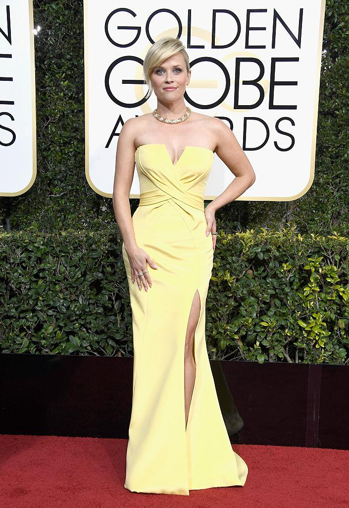 Reese Witherspoon in Versace. (Photo: Getty Images)