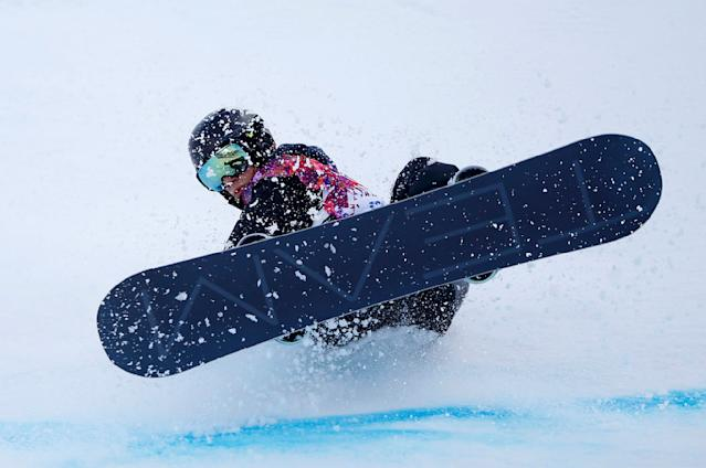 Switzerland's Jan Scherrer crashes during the men's snowboard halfpipe qualification round at the 2014 Sochi Winter Olympic Games in Rosa Khutor February 11, 2014. REUTERS/Mike Blake (RUSSIA - Tags: OLYMPICS SPORT SNOWBOARDING)