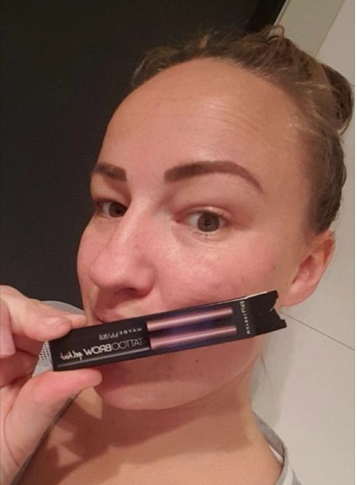 Mum Sophie Austin loves the Maybelline brow tint. Photo: Supplied