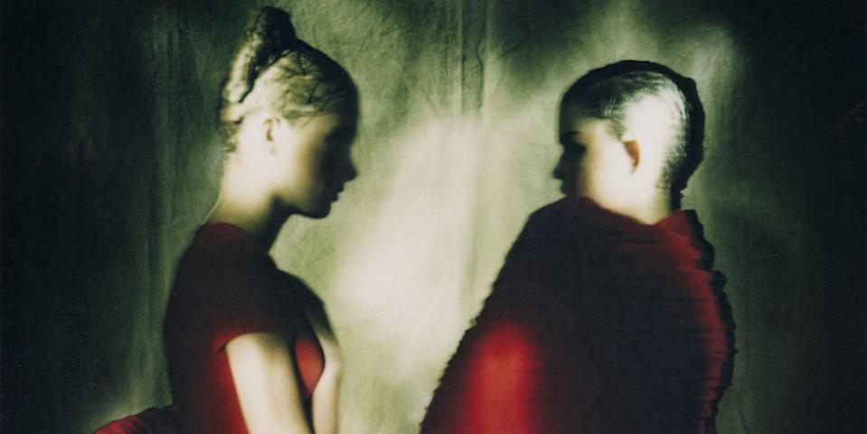 Photo credit: Yelena and Sharon, 'Body Meets Dress, Dress Meets Body' by Rei Kawakubo for Comme des Garçons, photographed by Paolo Roversi, 1996 © Paolo Roversi, courtesy of the author / Dallas Contemporary