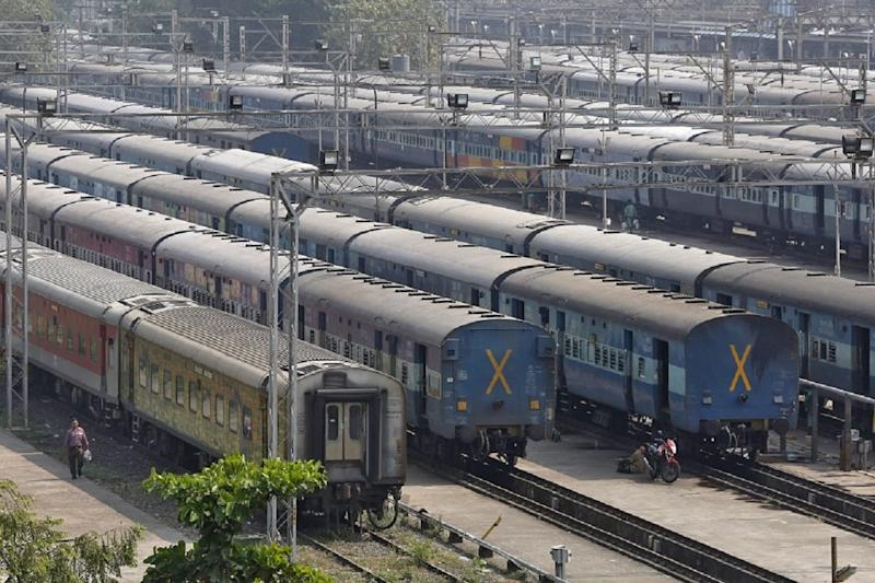 392 Special Trains to Start from Tomorrow to Meet Festival Travel Demands