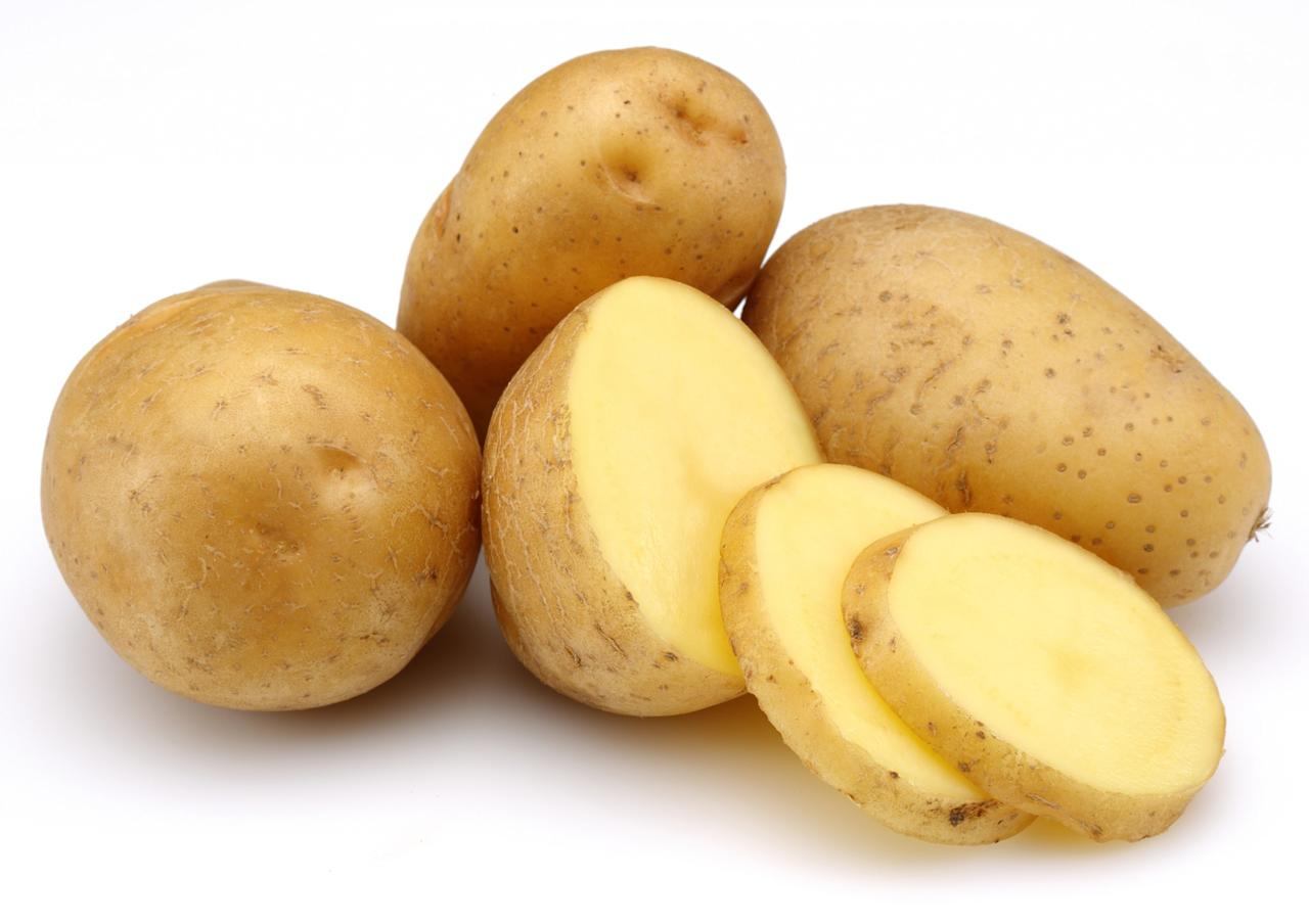 <p><strong>Tip:</strong> The best way to rid your potatoes of any harmful chemicals is to peel and soak them — it's a surefire way to keep pesticides out of any dish.<i> </i> </p>