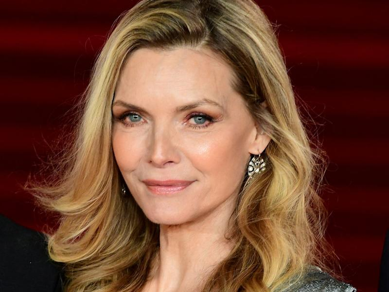 michelle pfeiffer says every woman in hollywood she s talked to has