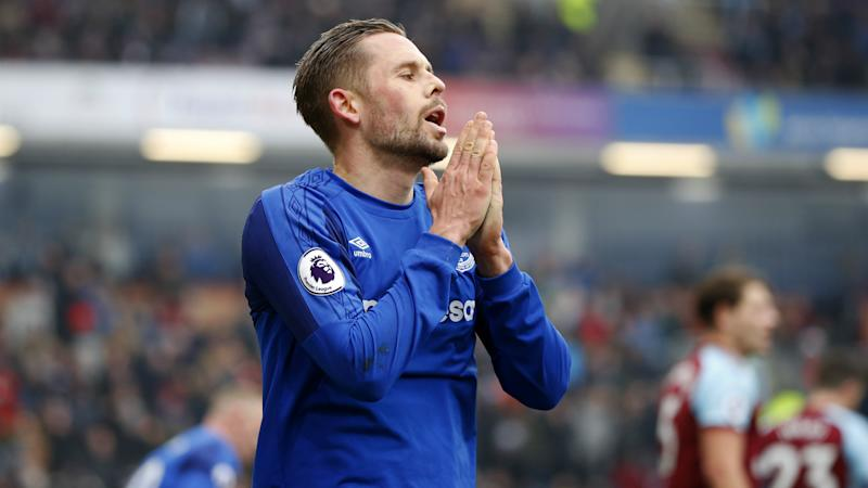 Everton lose Sigurdsson for 'six to eight weeks'
