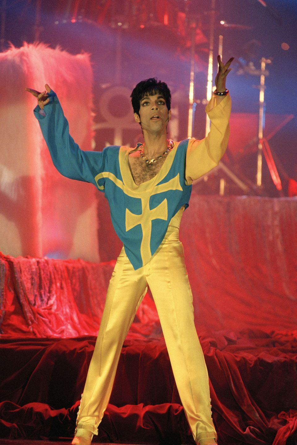 <p>Prince performing during the World Music Awards ceremony in Monaco</p>