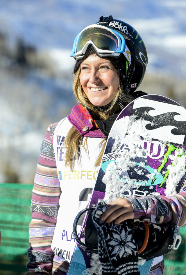 Professional snowboarder Jamie Anderson greets Special Olympics athletes on Aspen Mountain in Aspen, Colorado on Sunday, January 26, 2014. (AP/Leigh Vogel for Special Olympics)