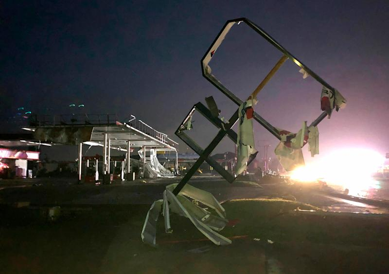 A destroyed sign for a car wash is seen in tornado-hit Jefferson City, Mo., May 23, 2019. (Photo: AP Photo/David A. Lieb)