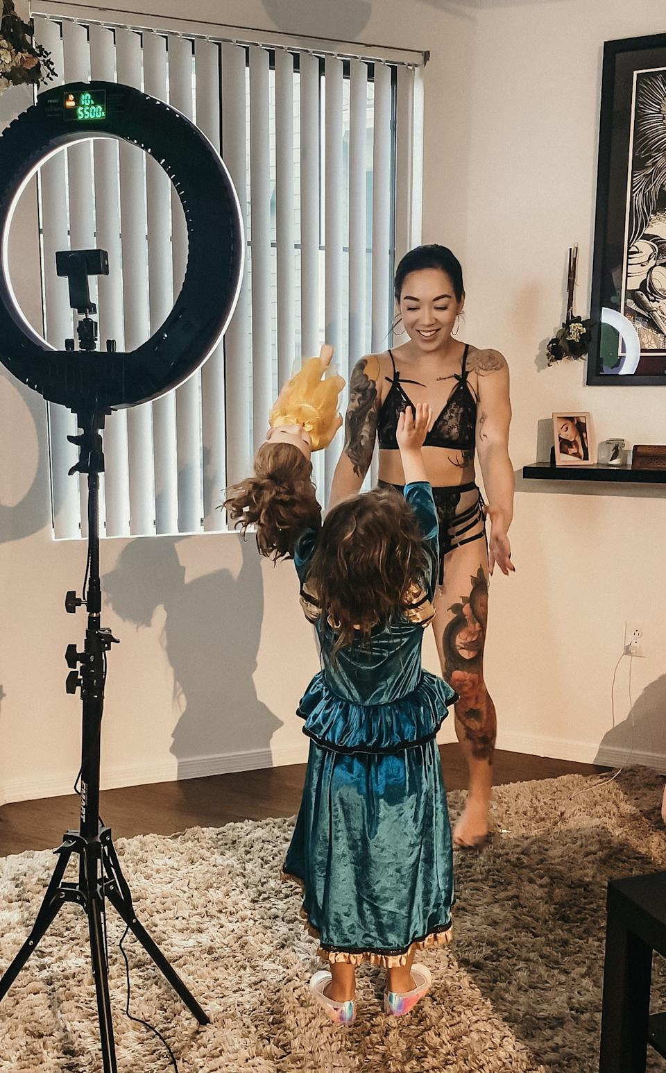 mum only fans shoot with daughter nearby