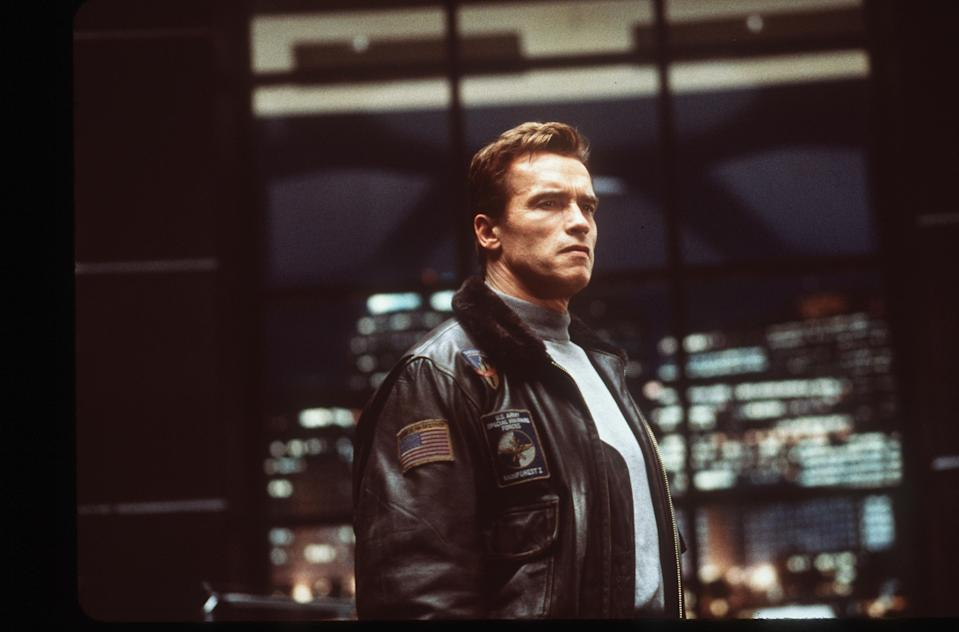 381684 01: Adam Gibson (Arnold Schwarzenegger) is an old-fashioned family man and former war hero who feels at odds in a world of the not too distant future in which advanced genetic engineering is threatening to taKe over in the Columbia Pictures/Phoenix Pictures presentation, The 6th Day. (Photo courtesy Columbia Pictures/Newsmakers
