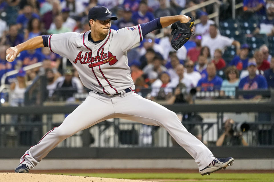 Atlanta Braves starting pitcher Charlie Morton throws during the first inning of a baseball game against the New York Mets, Tuesday, July 27, 2021, in New York. (AP Photo/Mary Altaffer)