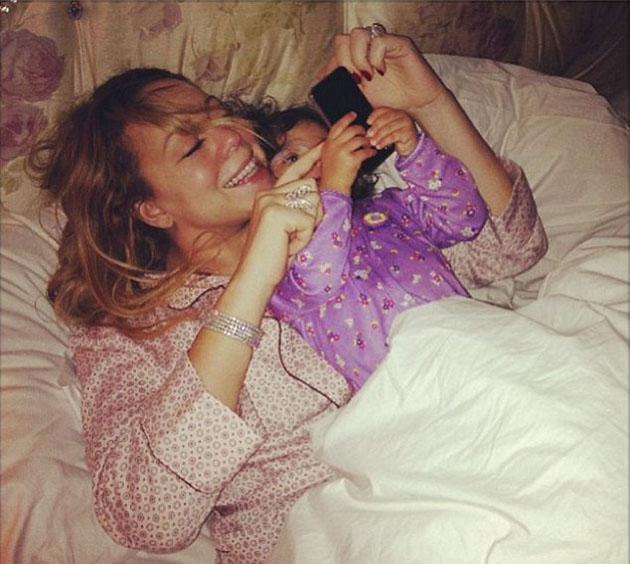 Celebrity Twitpics: Mariah Carey shared this gorgeous photo of her and her daughter, Monroe, this week. The picture shows the pair in bed ready to watch the premiere of American Idol which features Mariah Carey on the judging panel.