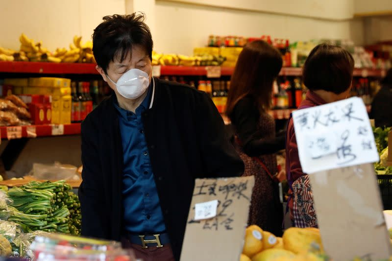 Rising food costs lift U.S. consumer prices; coronavirus to weigh on inflation