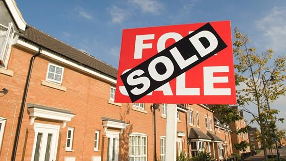 Soaring mortgage fees price homebuyers out of the market