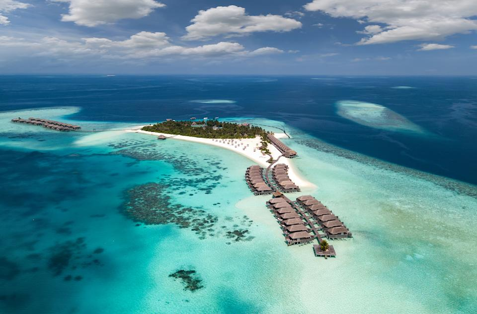 The Maldives are aiming to attract foreign investment by auctioning off some of their islands. (Getty Images)