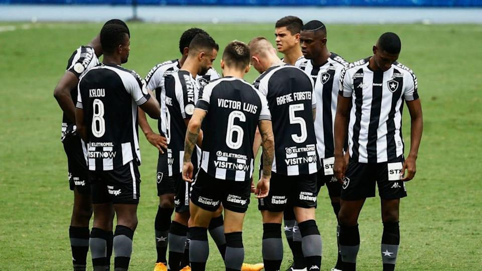 2020 Brasileirao Series A: Botafogo v Fluminense Play Behind Closed Doors Amidst the Coronavirus | Bruna Prado/Getty Images