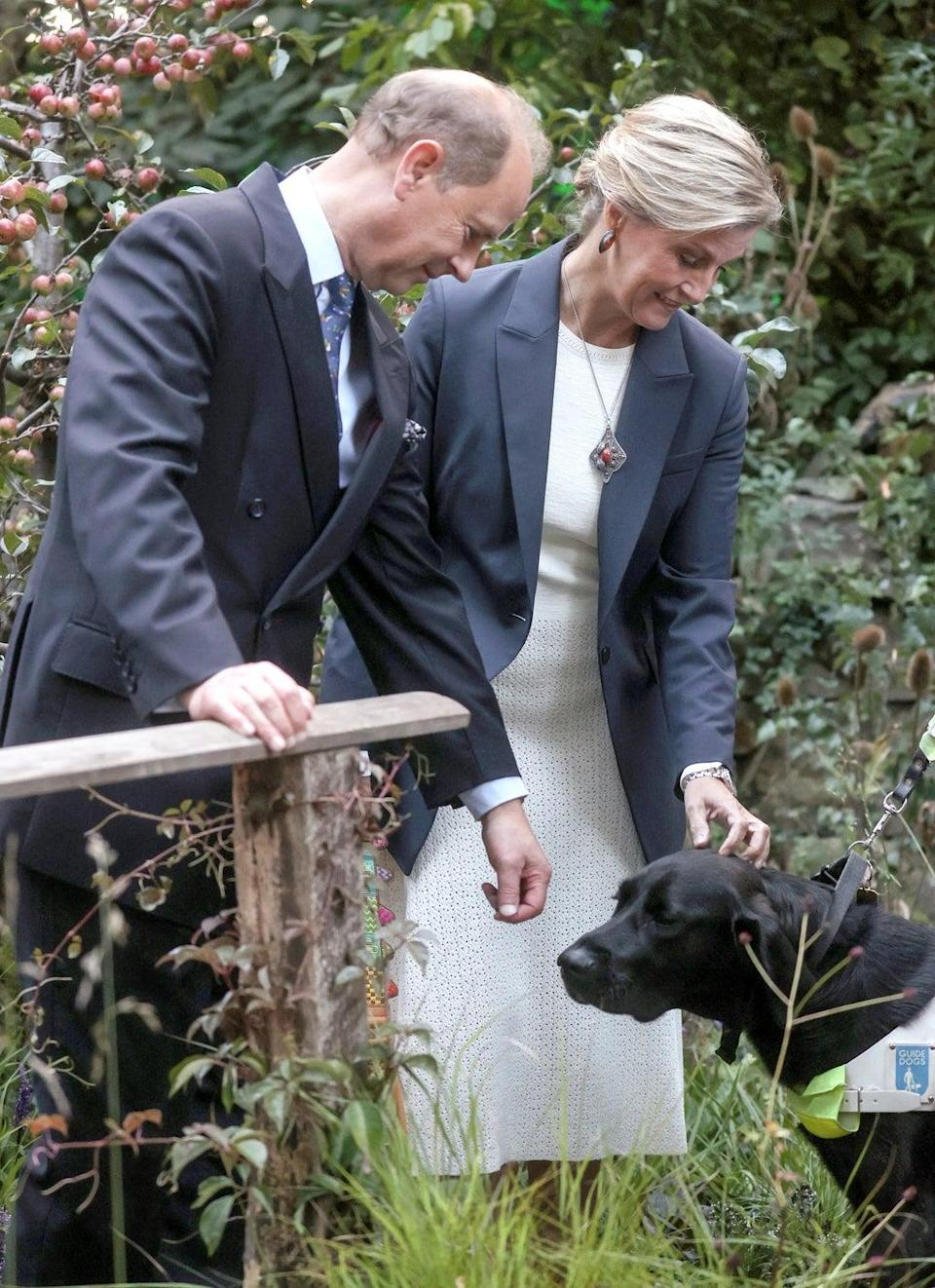 The Earl and Countess of Wessex in the garden (REUTERS)