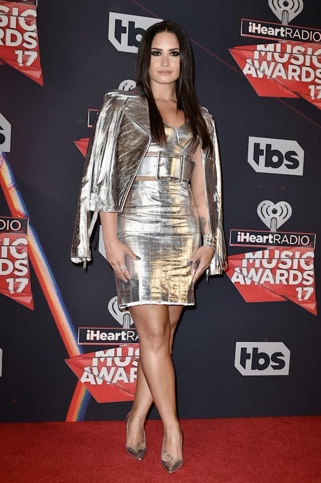 <p>The singer and body-image activist wore head-to-toe silver. (Photo: Getty Images)  </p>