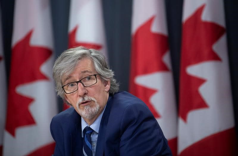 Privacy czar laments 'crisis of trust', cites urgent need to ensure rights
