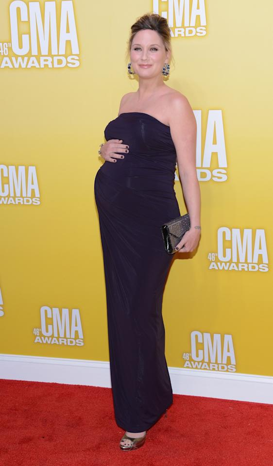 NASHVILLE, TN - NOVEMBER 01:  Jennifer Nettles of Sugarland attends the 46th annual CMA Awards at the Bridgestone Arena on November 1, 2012 in Nashville, Tennessee.  (Photo by Jason Kempin/Getty Images)