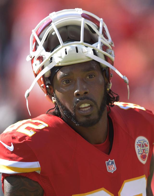 FILE - This is an Oct. 13, 2013 file photo showing Kansas City Chiefs wide receiver Dwayne Bowe before an NFL football game in Kansas City, Mo. Bowe was arrested outside Kansas City over the weekend on charges of speeding and possessing marijuana, authorities said Tuesday, Nov. 12, 2013. (AP Photo/Reed Hoffmann, File)