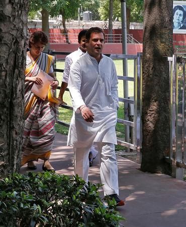 Rahul Gandhi, President of Congress party, arrives with his sister and a leader of the party Priyanka Gandhi Vadra to attend Congress Working Committee (CWC) meeting in New Delhi, India, May 25, 2019. REUTERS/Altaf Hussain