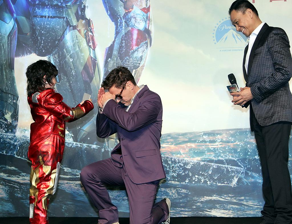 BEIJING, CHINA - APRIL 06: (CHINA MAINLAND OUT)  Robert Downey Jr. and Wang Xueqi at premiere of movie Iron Man 3 on Saturday April 06, 2013 in Beijing, China.  (Photo by TPG/Getty Images)