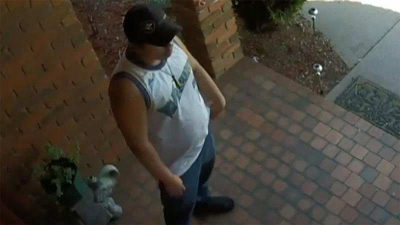 Without hesitation, one man walked to the front of the house and rang the door bell. Source: 7 News