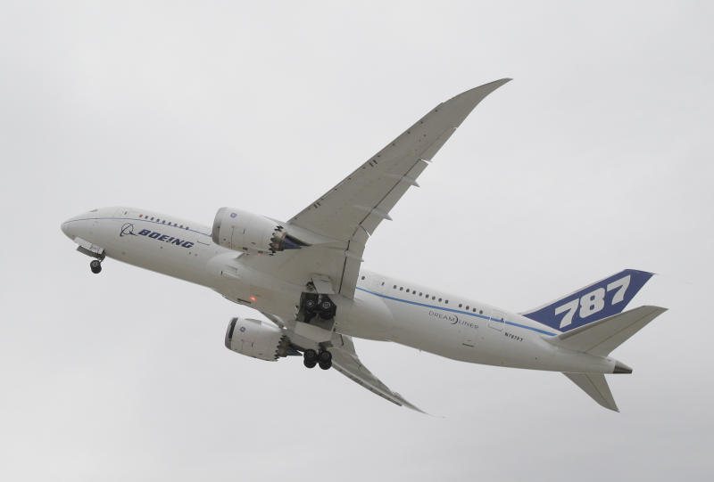 AP Exclusive: 787 grounded, but batteries can fly