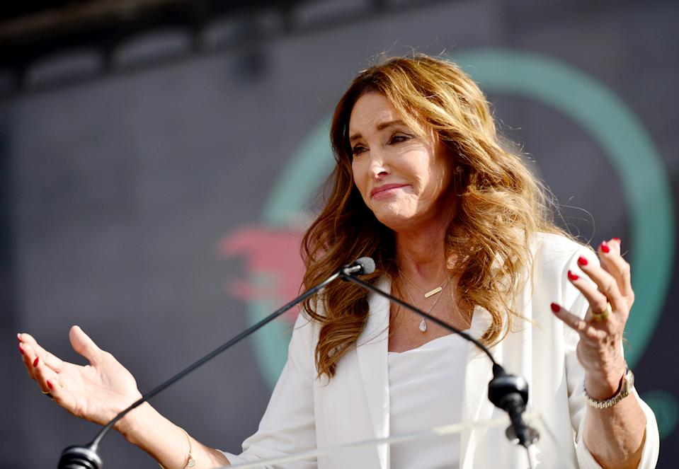 Caitlyn Jenner took the stage at the Women's March in Los Angeles on Saturday, and shared her desire to 'Turn this country around!' (Photo: Chelsea Guglielmino/Getty Images)