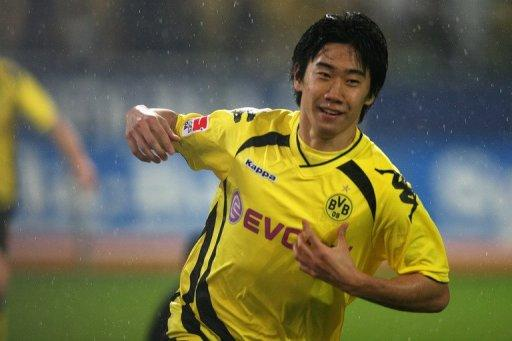 Manchester United first showed an interest in Kagawa late last year but backed off after he suffered an injury