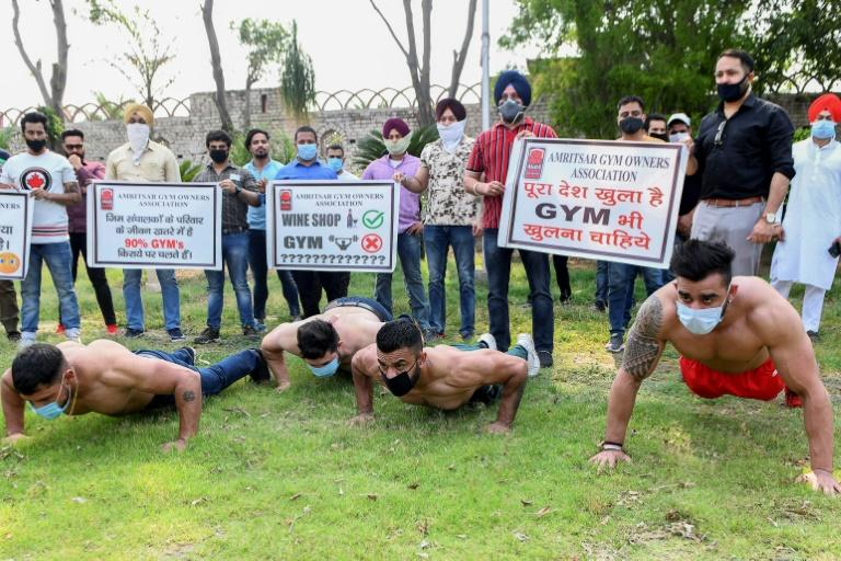 Gym owners were still paying rent and staff salaries despite being shut, said Dharminder Verma, head of the Amritsar Gym Owners Association (AFP Photo/NARINDER NANU)