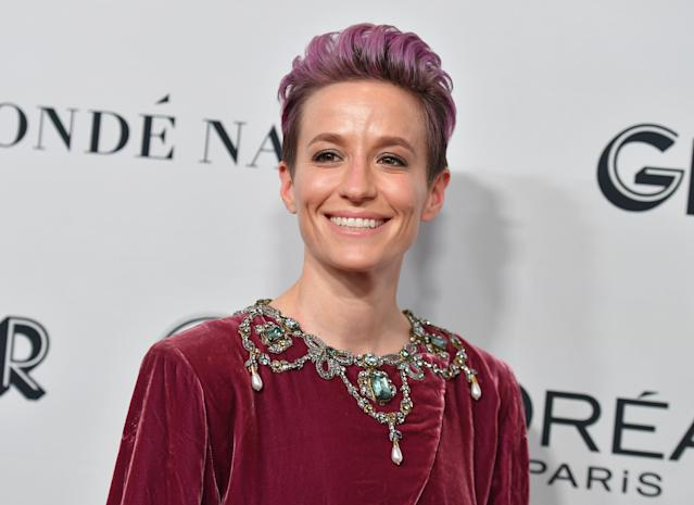 "USWNT star <a class=""link rapid-noclick-resp"" href=""/olympics/rio-2016/a/1124356/"" data-ylk=""slk:Megan Rapinoe"">Megan Rapinoe</a> won the Ballon d'Or on Monday as the planet's top player in women's soccer. (Photo by Angela Weiss / AFP) (Photo by ANGELA WEISS/AFP via Getty Images)"