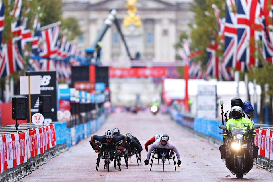 LONDON, ENGLAND - OCTOBER 04: David Weir of Great Britain competes in the Wheelchair race during the 2020 Virgin Money London Marathon around St. James's Park on October 04, 2020 in London, England. The 40th Race will take place on a closed-loop circuit around St. James's Park in central London. (Photo by Richard Heathcote/Getty Images)