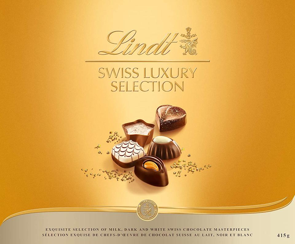 Lindt Swiss Luxury Selection Gift Box. Image via Amazon