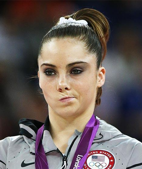 "Ashley Wagner's reaction rivals McKayla Maroney's ""not impressed"" face"