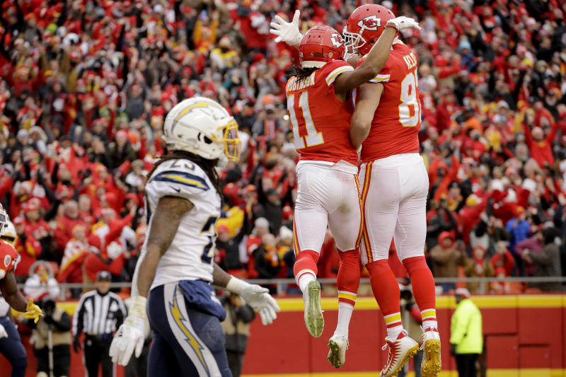 Chargers defensive strategy for Week 2 plays right into Chiefs' hands