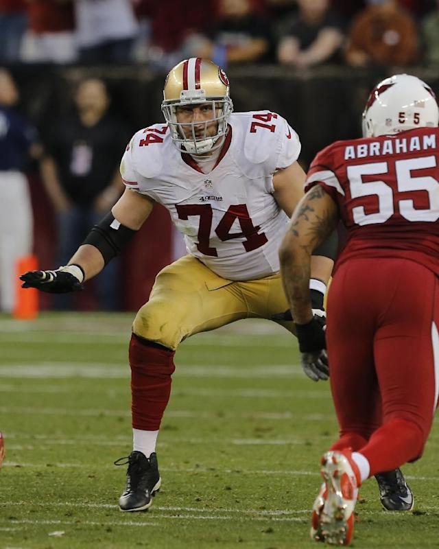 San Francisco 49ers tackle Joe Staley (74) against the Arizona Cardinals during the first half of an NFL football game, Sunday, Dec. 29, 2013, in Glendale, Ariz. (AP Photo/Rick Scuteri)