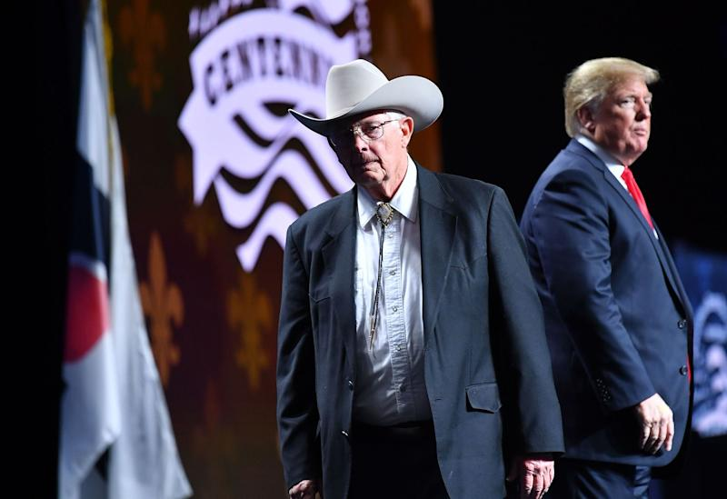 Arizona farmer Jim Chilton leaves after shaking hands with US President Donald Trump during the annual American Farm Bureau Federation convention in the Ernest N. Morial Convention Center in New Orleans, Louisiana on January 14, 2019. (Photo: MANDEL NGAN/AFP/Getty Images)