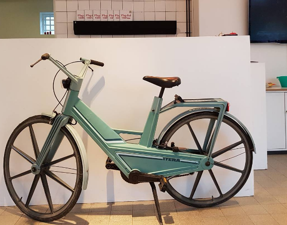 <p>A plastic bike made in Sweden in 1982 (Picture: Museum of Failures) </p>