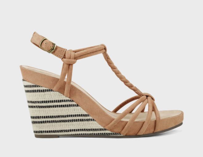 Port Chester Strappy Sandals. Image via Aerosoles.