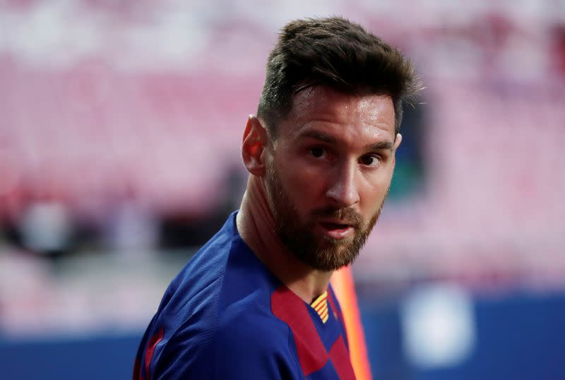 Barcelona in new turmoil after Messi tells club he wants to leave